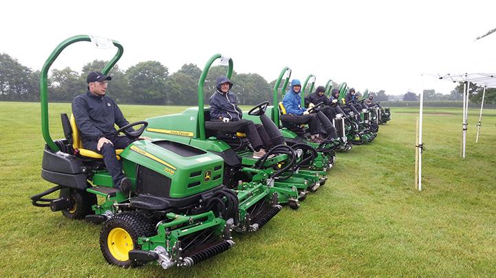 John Deere presenta le nuove macchine da golf