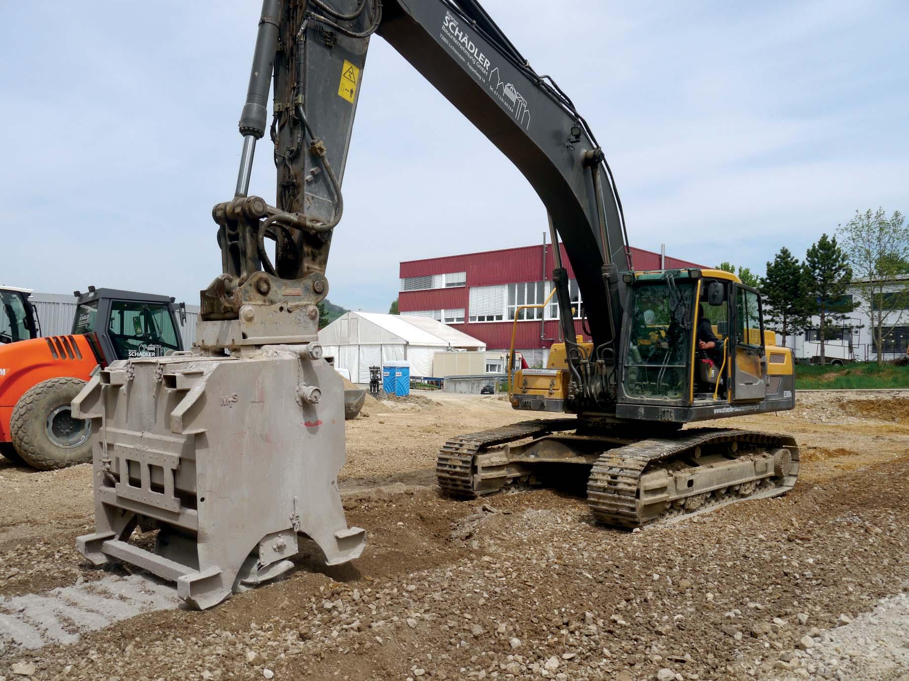 Stabilizzazione del terreno con l'escavatore: i molteplici impieghi della nuova fresa universale di Seppi M.