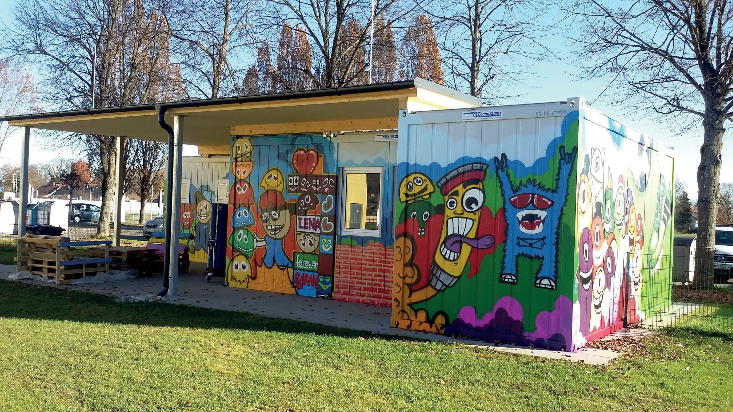 Centro ricreativo - sportivo Containex per ragazzi