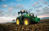 John Deere presenta i nuovi modelli di punta della serie 6R