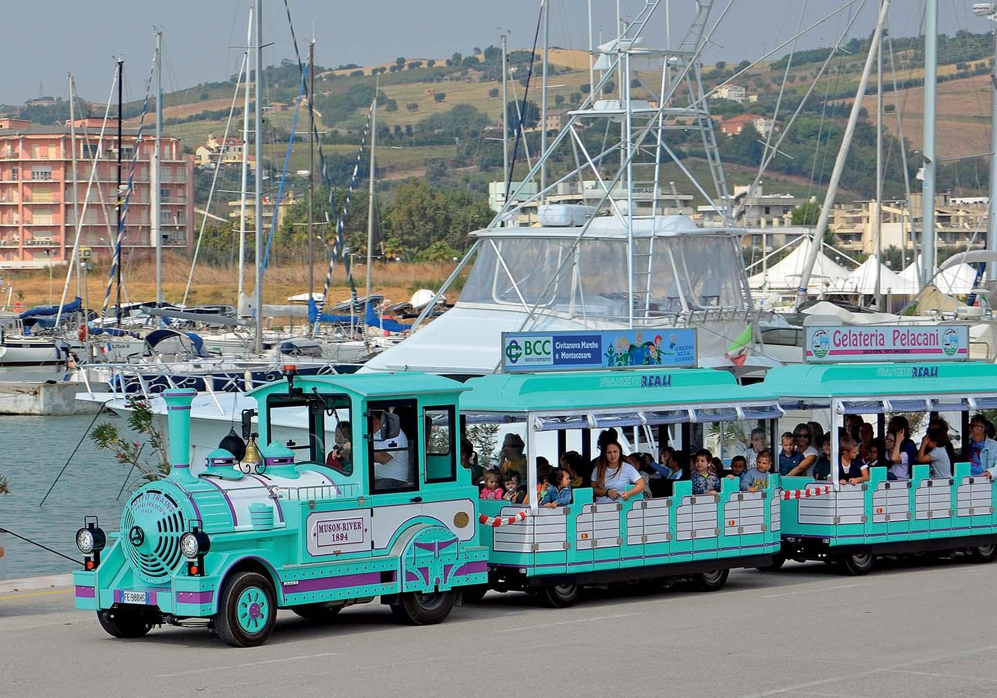 Trenino Dotto Euro VI tra Fermo e Porto San Giorgio