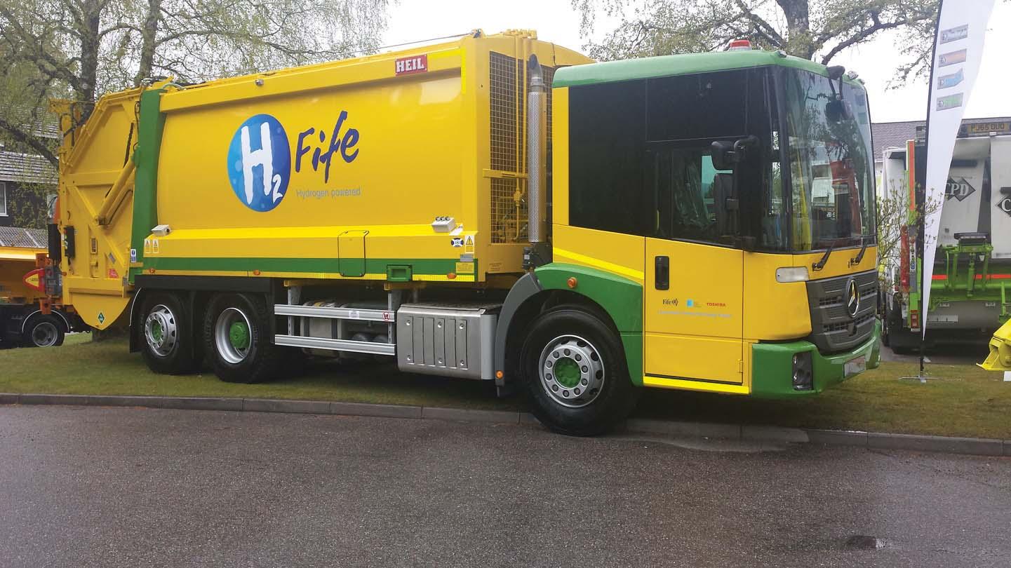 Econic con trasmissione Allison: i primi veicoli per la raccolta rifiuti