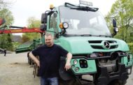 Sascha Voß e il suo Unimog U530 verde