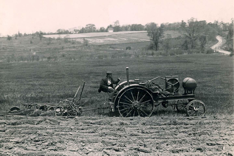 100 anni di trattori John Deere