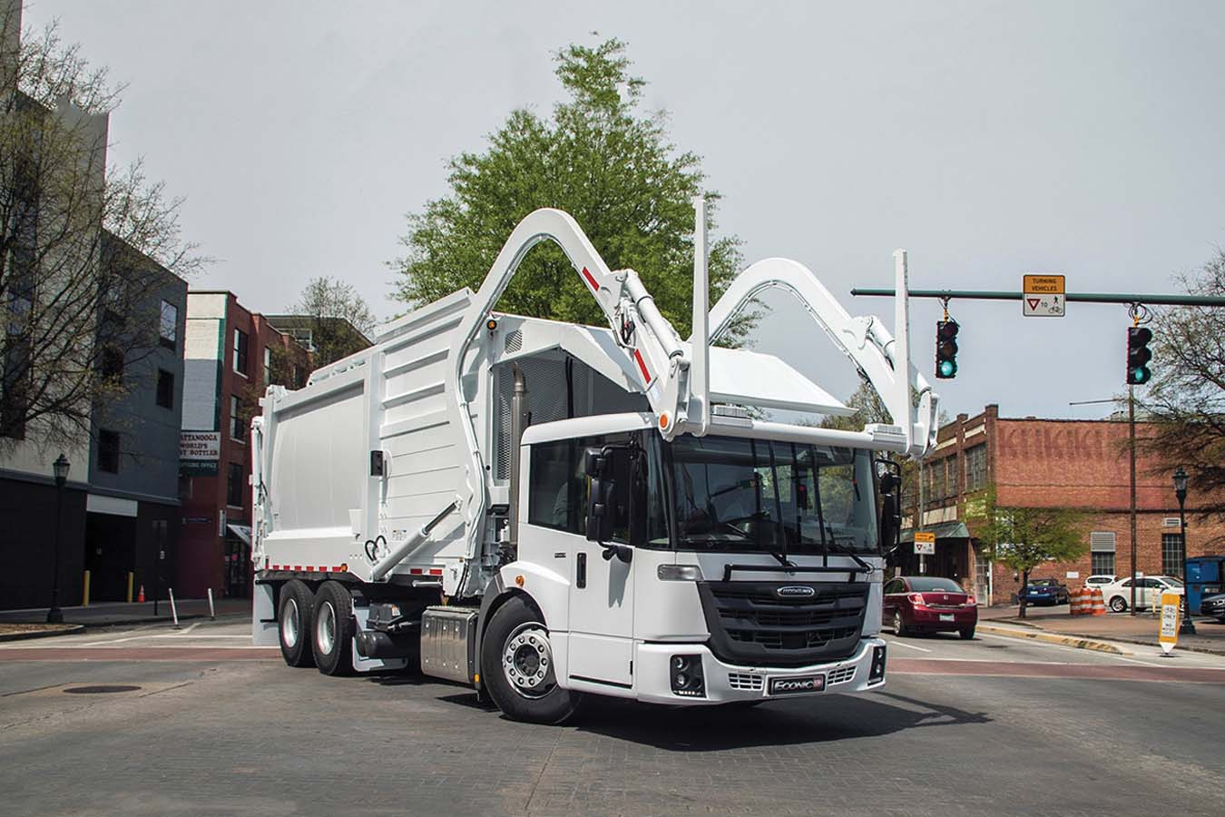 Il fratello americano: Daimler Trucks porta Freightliner Econic SD in Nord America