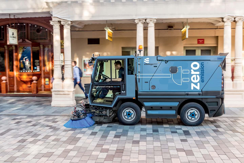 Schmidt presenta eSwingo, la spazzatrice completamente elettrica, efficiente ed ecologica