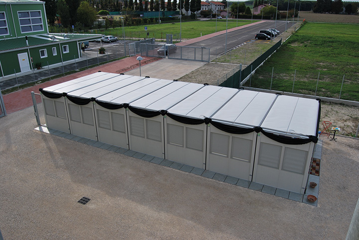 Club House Containex per i campi da calcio di Pieve di Cento