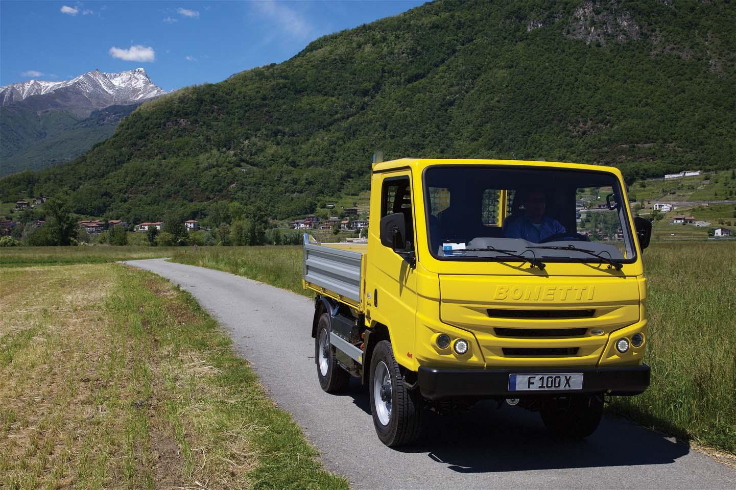 Bonetti 4x4 F100X Euro 6 in alta Lombardia