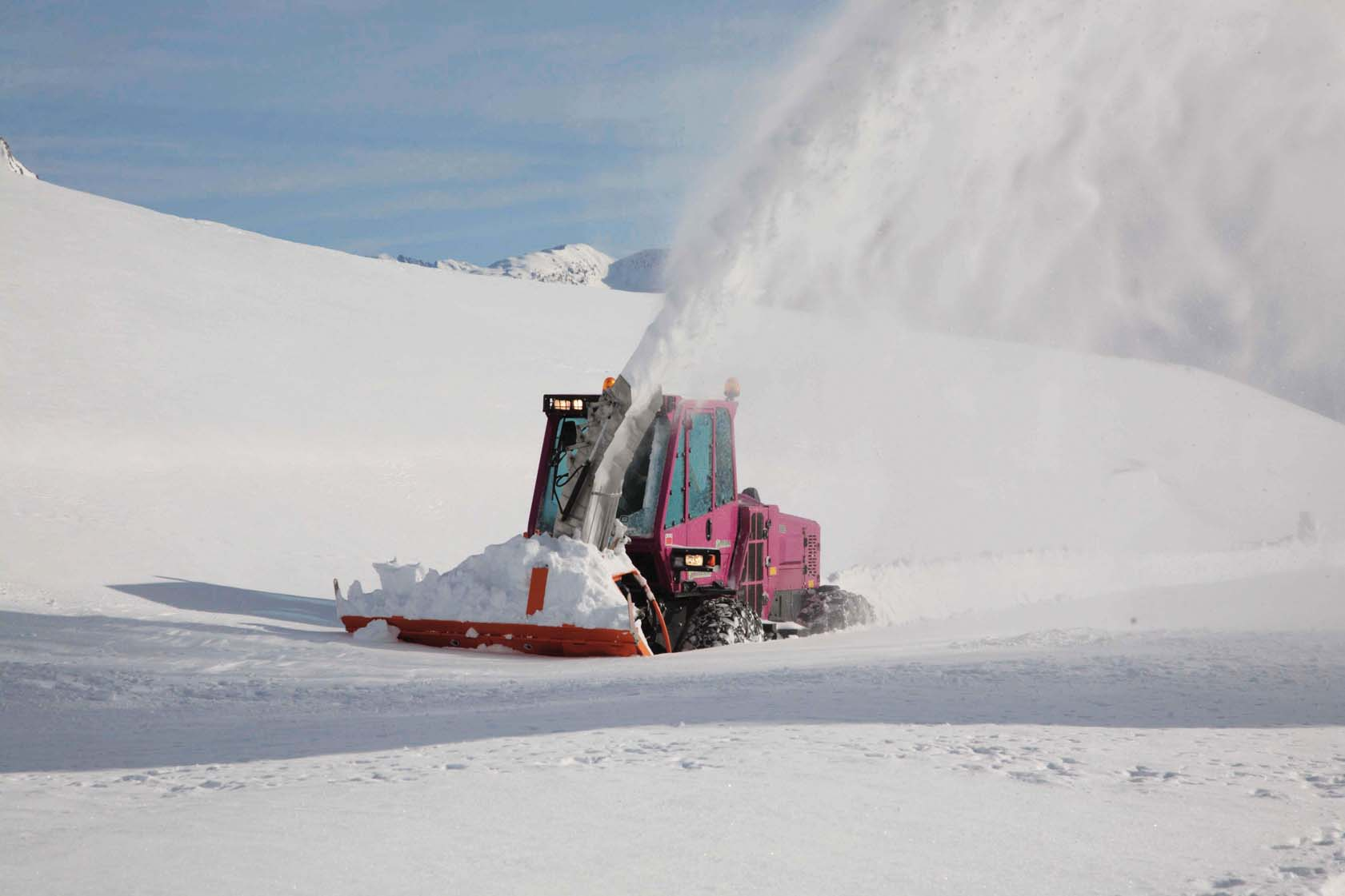 Portattrezzi TreEmme Merlo professionisti nello sgombero neve