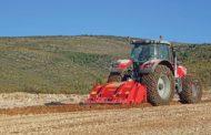 La versione recente della frantumasassi e fresa forestale Supersoil con rotore ad alta densità