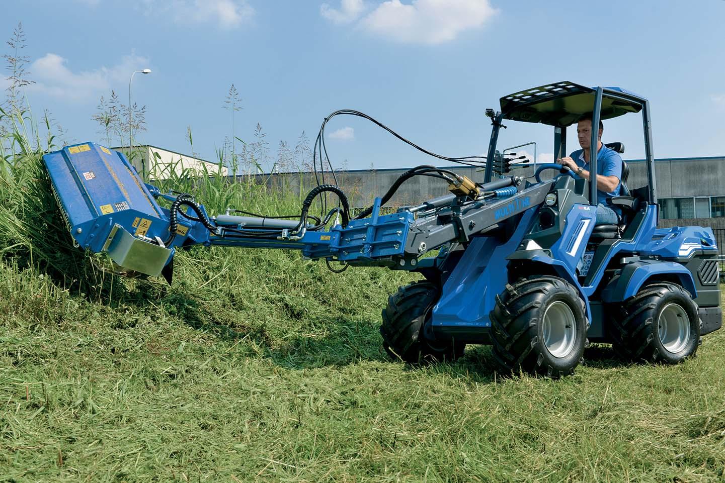 MultiOne: sfalcio d'erba professionale in spazi ristretti